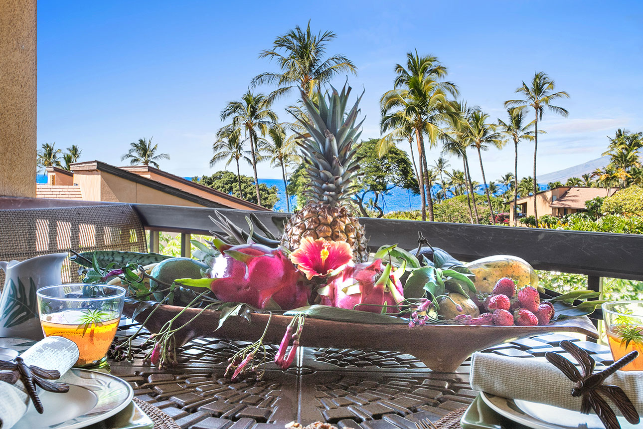 Dragon fruit & lanai ocean views